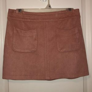 Kendall & Kylie pink suede skirt with pockets